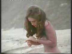 Bonnie Bedelia Topless (Die Hard Hotty)