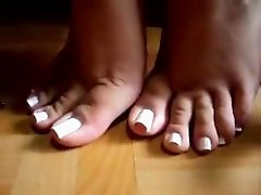 FF24 Sexiest Feet Toes 4