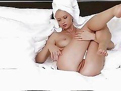 ferr-art.com Natalie Masturbating in her bed