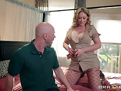 Blonde MILF bombshell in fishnets Eva Notty gets cum on her face