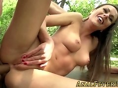 Skank analized outdoors