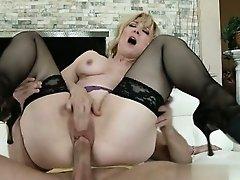 Cute pussy cocksuck