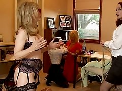 Four eyed blond MILF came to have steamy sex with her slutty lesbian kookies