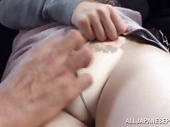 Hot sexy asian bombshell gets her neat nice pussy teased in a car