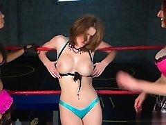 Sexy pornstar extreme deepthroat