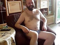 BEAR BAER GAYBEAR FUR FURRY HAIRY BEARD DADDY DAD