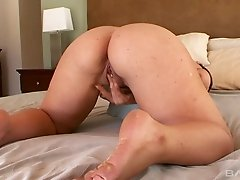 Thick ladies playing with their pussies in a passionate way