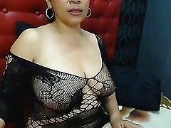 Colombiana tetona en webcam