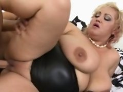 Big breasted BBW fucking and sucking