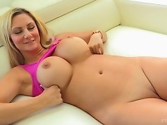 Kinky solo action featuring smoking hot blonde bombshell Nikki