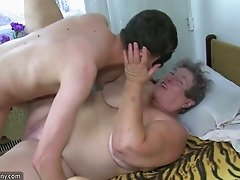 Fat short-haired granny and chubby brunette slut share a cock