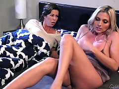 Mature pussy and ass play with Alexis Fawx and Christie Stevens