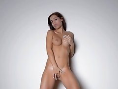 Sexy dance and posing of hot babe