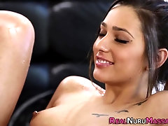 Kinky masseuse tastes lez