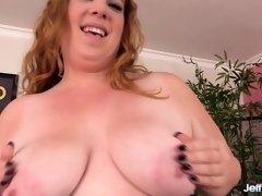 Plumper Ginger Rose Orgasms via Machine