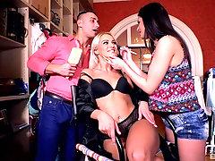 Latina sluts Cherry Kiss and Coco de Mal devour one cock